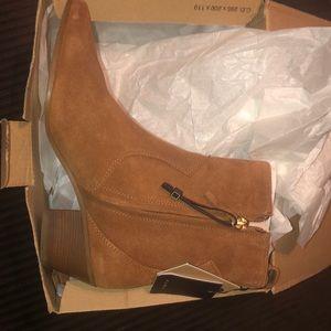 Zara Shoes - NWT's Zara Leather Heeled Cowboy Ankle Boot 7.5 38